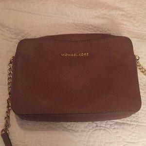 Micheal Kors Crossbody purse